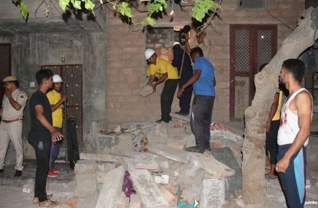 Three killed as Building collapses in Jodhpur