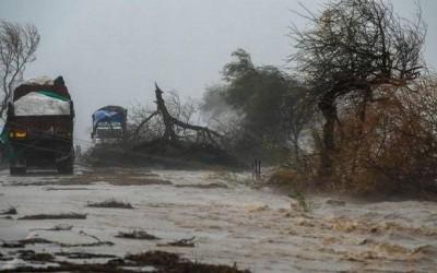 After landfall in Gujarat Cyclone Tauktae weakens