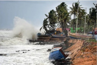 Cyclone Tauktae: 4 dead in Gujarat as severe cyclonic storm leaves trail of destruction