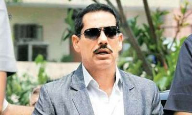 Will cooperate with agencies till my name cleared: Vadra