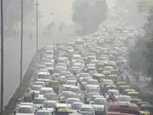 "Delhi air pollution: Delhi as a ""gas chamber"""