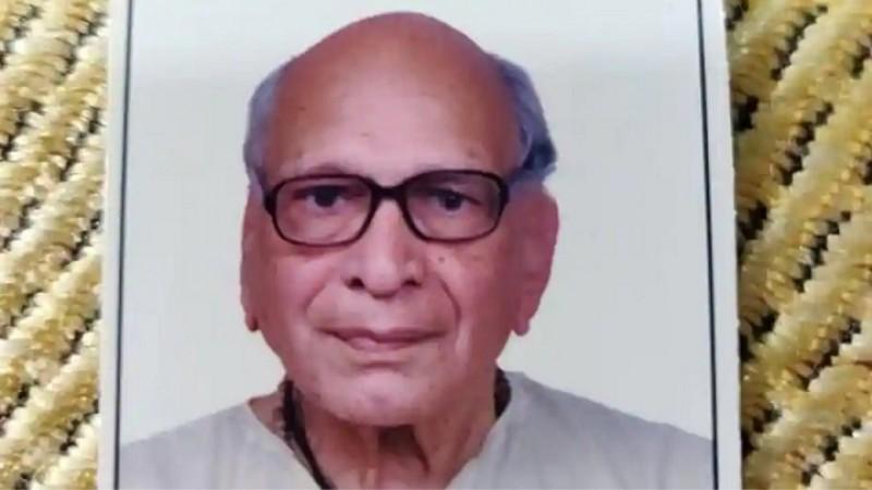 पूर्व प्रथम श्रेणी के क्रिकेटर चंदोरकर ने मनाया अपना 100 वां जन्मदिन