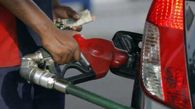 Fuel prices witness cut again, petrol costs Rs 75.97 in national capital