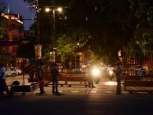 Schools will remain shut in Himachal Pradesh, four tourist districts follow night curfew
