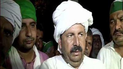 'Kisan Kranti Padyatra' calls off at Delhi's Kisan Ghat; Ghaziabad schools to remain close