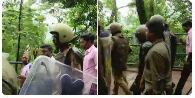 Sabarimala protest LIVE updates: Two women return to Kerala shrine, protestors block entry