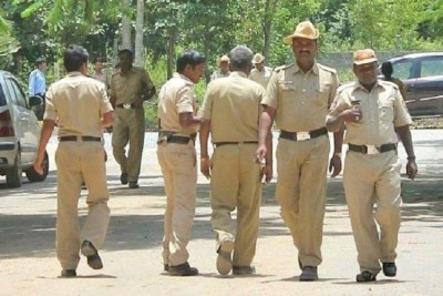 Police of Karnataka told to bring proof before probing this area of Tamil Nadu