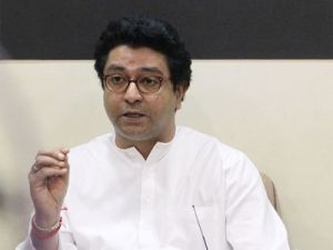 Raj Thackeray : Stampedes will happen till emigrant keep on pouring in Mumbai