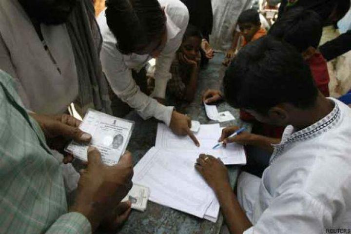 गाजियाबाद में महापौर पद के लिए केवल साढ़े अठारह प्रतिशत मतदान