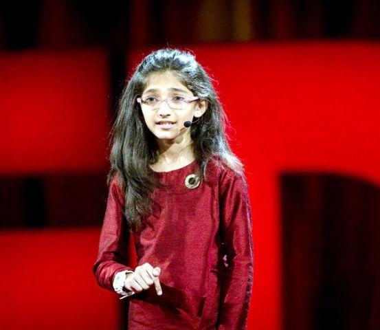 10 साल की सबसे नन्हीं स्पीकर बनी इशिता, किताब भी लिख चुकी है