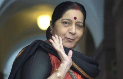 Sushma Swaraj offers help on Twitter in a witty way