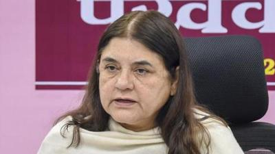 EC banned Maneka Gandhi from campaigning for 48 hours