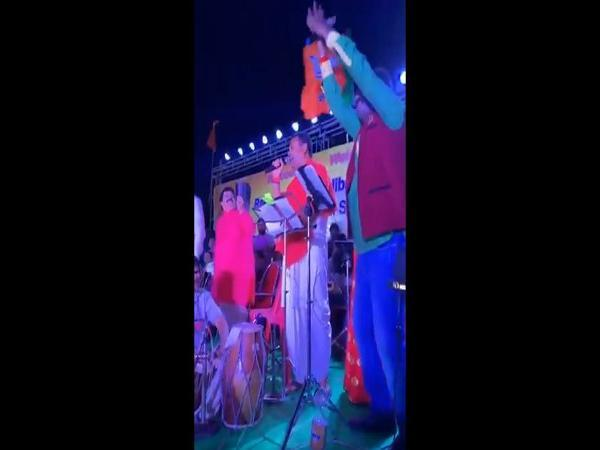 Watch: Sambit Patra sings 'Tum Mile Dil Khile'  and a Telugu song to connect with voters in Puri