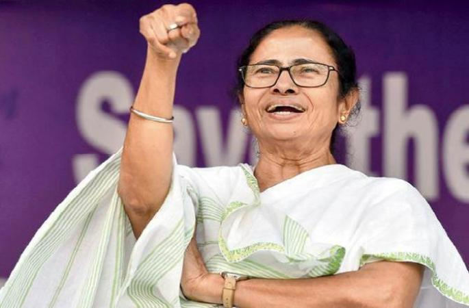"Mamata Banerjee says BJP will get ""A Big Rosogolla"""