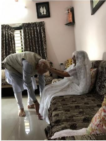 PM Modi seeks his mother's blessing before casting his vote; Amit Shah Contesting Constituency