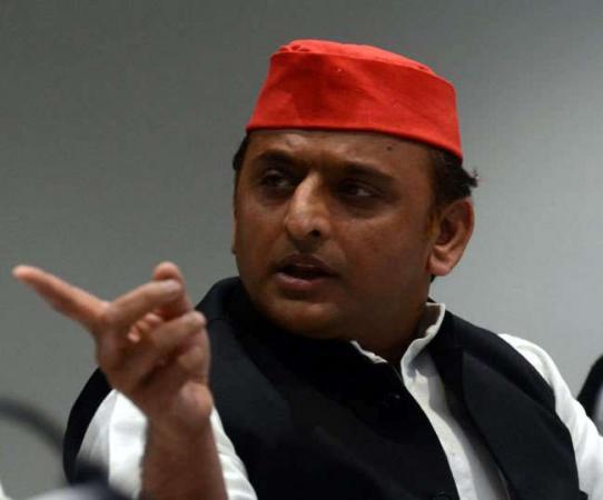 Akhilesh Yadav questioned over EVM malfunctioning