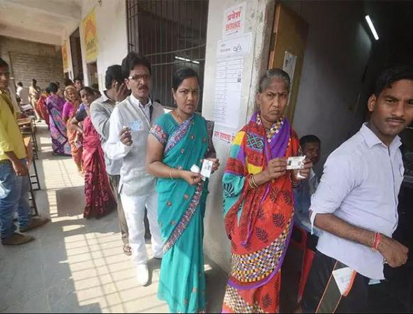 Third Phase of polling: 10% voting for 14 seats in Maharashtra