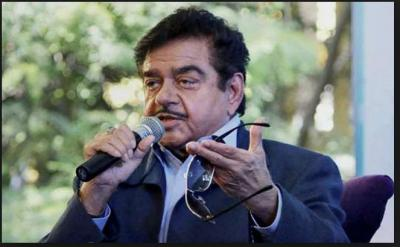 Shatrughan Sinha takes strips on Akhilesh Yadav and Mayawati and busted on PM Modi interview