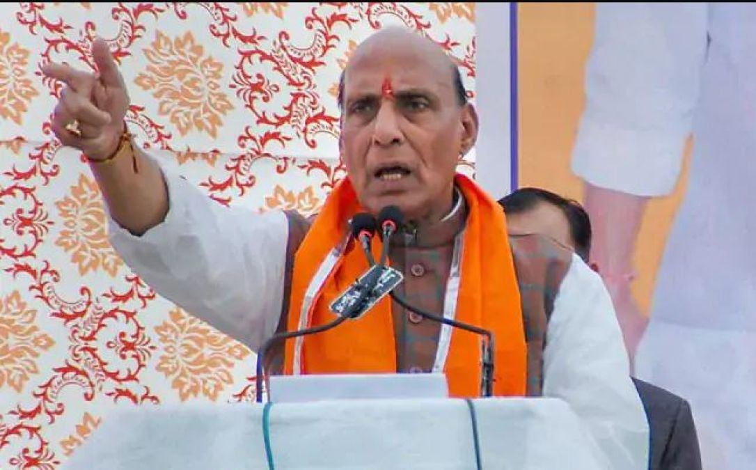 Articles 370 and 35A should be seriously reviewed and scrapped: Rajnath Singh
