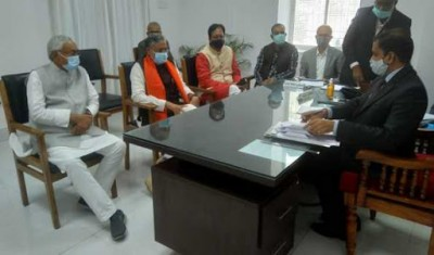 Sushil Kumar Modi files nomination for by poll, in presence of CM Nitish and BJP President