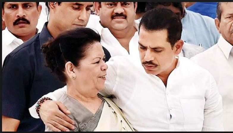Priyanka Gandhi Vadra reach Jaipur for  Robert Vadra to appear before ED in Jaipur, Today