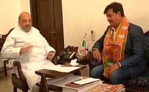 Ravi Kishan officially joins BJP today