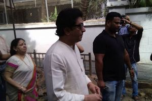 MNS Chief Raj Thackeray cast vote for BMC polls