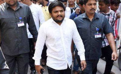 Hardik Patel visited VHP leader Pravin Togadia in hospital