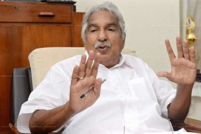 Sexual assault case: Not afraid of any probe, says Oommen Chandy
