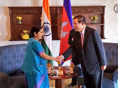 Delhi: Sushma Swaraj, Cambodian PM held bilateral talks