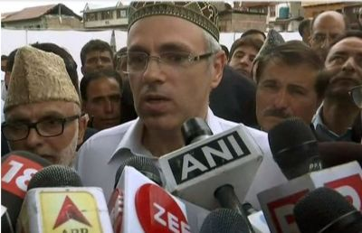 Omar Abdullah lashes out at Mehbooba's 'militancy' warning