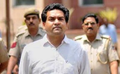 Kapil Mishra manhandled by the Aam Aadmi Party MLAs