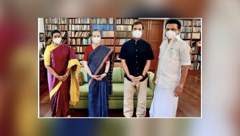 मुख्यमंत्री एमके स्टालिन ने दिल्ली में सोनिया गांधी और राहुल गांधी से की मुलाकात