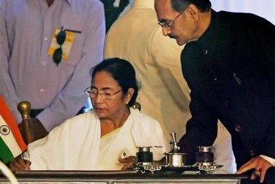 Congress leader meets Mamata Banerjee for Rajya Sabha Vice President post
