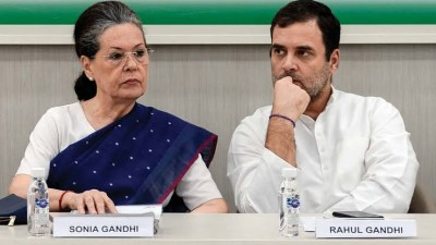 Sonia, Rahul will lead contest 2022 assembly election: Mallikarjun Kharge