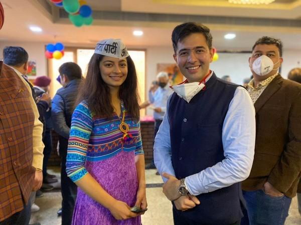 AAP में शामिल हुई मिस इंडिया दिल्ली 2019 मानसी सहगल