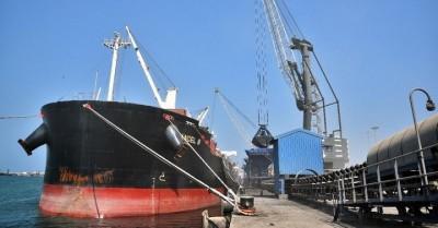 AIADMK is divergent in new transhipment project in Kanyakumari