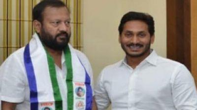 Telugu star and comedian Ali joined YSR Congress ahead of LS poll