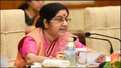 External Affairs Minister Sushma Swaraj stepped up pressure on Pakistan on…