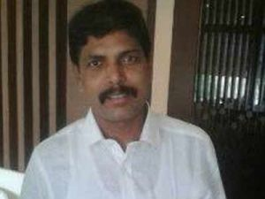 Congress MLA defects to TRS in Telangana