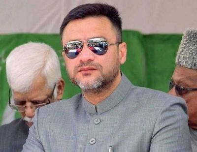 Akbaruddin Owaisi withdraws his nomination from poll fray