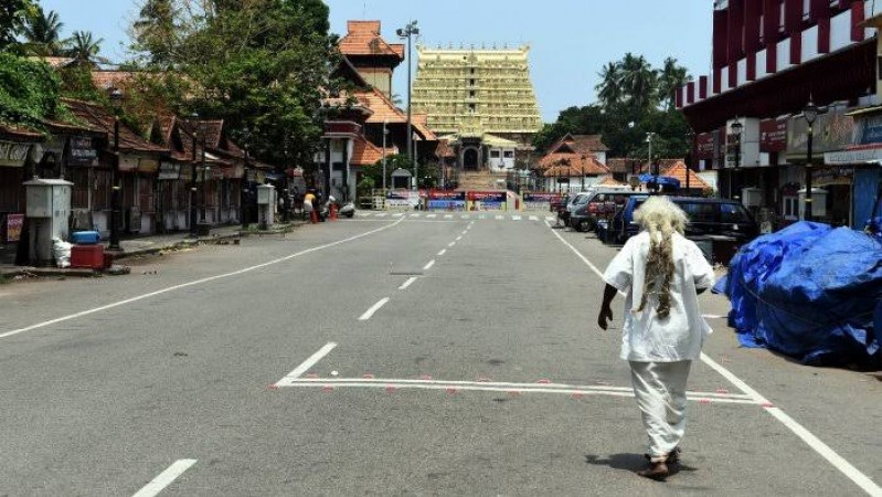 केरल में आज से लगा सख्त प्रतिबंध, जानिए किन चीजों पर रहेगी छूट