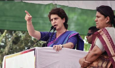You have elected world's best actor as your Prime Minister: Priyanka Gandhi takes a dig at PM Modi