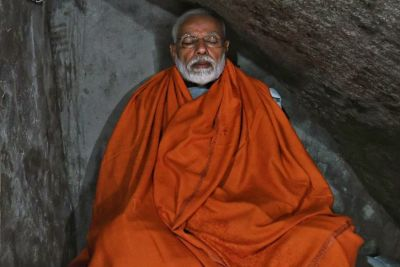 PM Modi urges the nation to vote, after 15-hour meditation at the holy cave