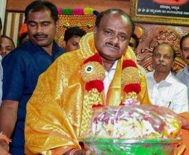 Cauvery  water dispute: Kumaraswamy invites Rajinikanth to Karnataka