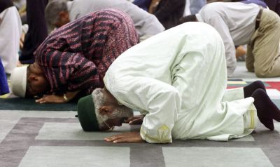 Muslims should pray for suitable results: Deoband