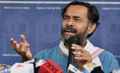 'Not knee-jerk anti-Congressism' says Yogendra Yadav on 'Congress must die' comment