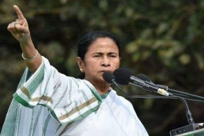 EVMs were programmed in the favour of the BJP: Mamata Banerjee