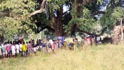 Chhattisgarh Assembly elections live updates:After an IED detecting near Banda polling centre  a makeshift booth set up  under a tree