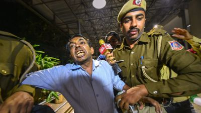 Police arrests Delhi CM Arvind Kejriwal's attacker says, he is  'unstable'